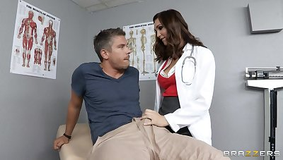 Doctor Holly Michaels in uniform loves to have a go deep anal sex