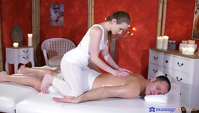 Warm pussy ribbons covenant of a good fuck for this energized masseuse